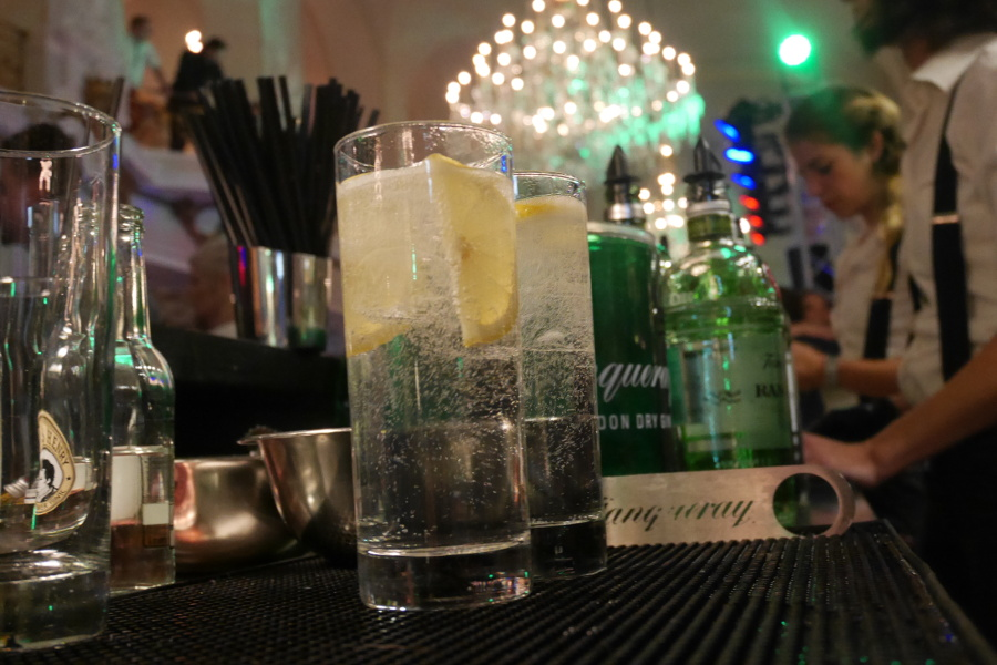 Close-up Gin Tonic Tanqueray Bar
