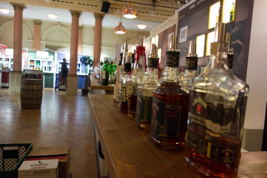 Close-up Whiskyflaschen Messe