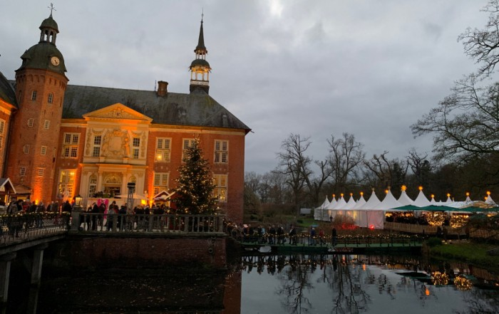Ambiente Schloss mit Pagoden