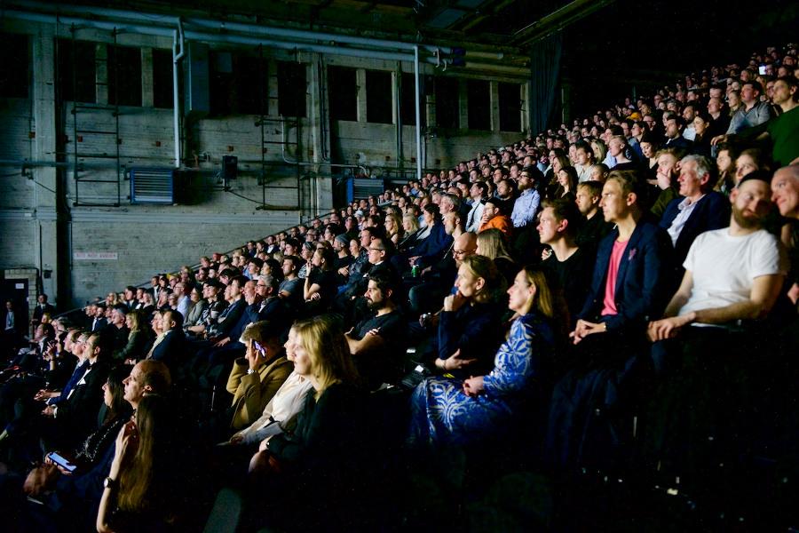 Impressionen Publikum Show