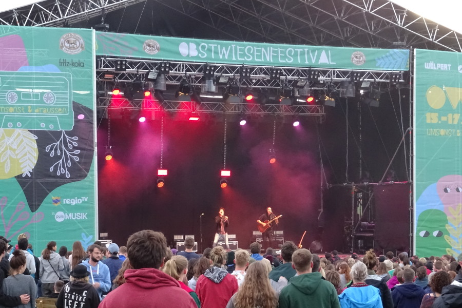 Mainstage Band Tageslicht