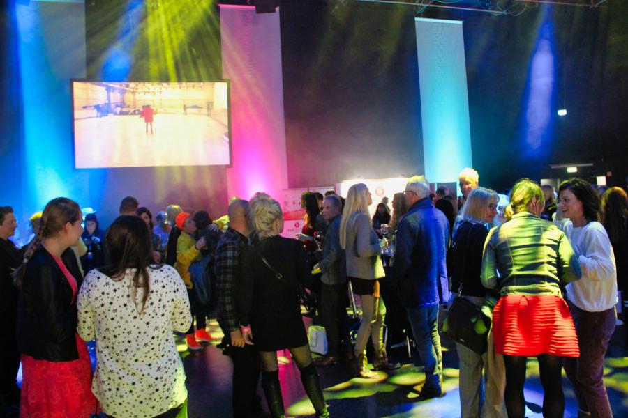 Tanzfläche Partygesellschaft