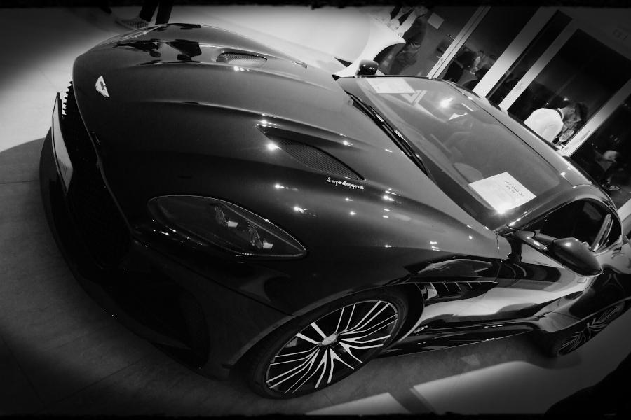Modell Aston Martin