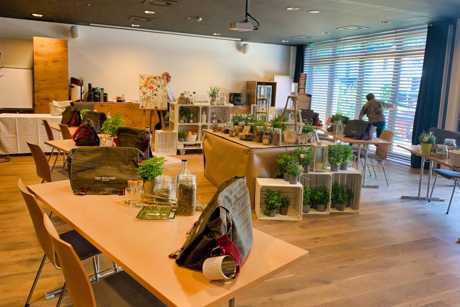 Workshop The Botanist Foreaging